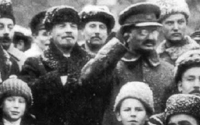Lenin y Trotsky frente a la burocracia y a Stalin